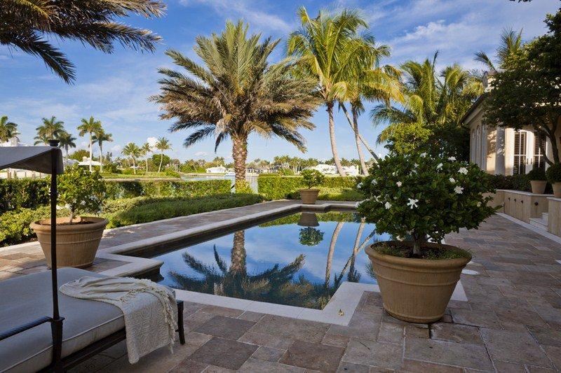 Miami Pool Builder Located in Miami - Creative Backyards Inc